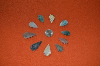 Agate arrow heads